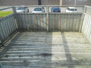 Investment or live in, 2 apt, 2 story, close to mun St. John's Newfoundland image 7