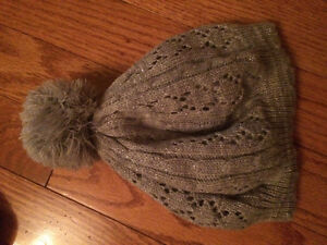 H & M hat 2-6 months like new