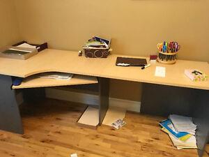 Desk / work station