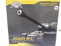 MODEL KIT - Russian IS II Tank and Display Case