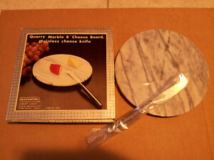 Brand new in box marble cheese platter with knife London Ontario image 3