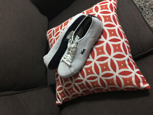 Never used women's Lacoste shoes, size 9, tag still on
