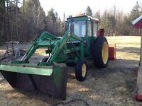 Tracteur de ferme John Deere 1830