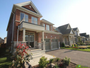 Gorgeous luxury home in Niagara-on-the-Lake! (see Comfree link)