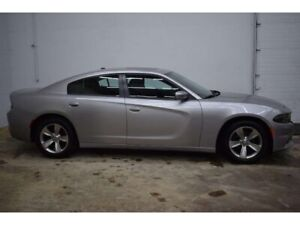 2017 Dodge Charger SXT RWD - HTD SEATS * TOUCH SCREEN * SUNROOF
