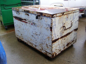 large toolbox / job box