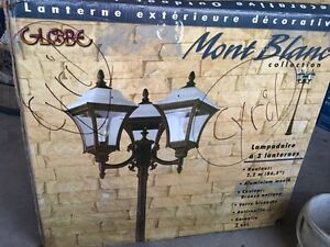Globe mont blanc collection outdoor 3 head lantern. West Island Greater Montréal image 1