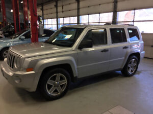 4x4 Jeep Patriot Sport with 18 month transferable warranty