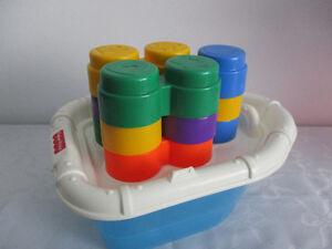 Bateau  Pour Jouet  Dans  Ton   Bain  Avec  Blocs  Empilable
