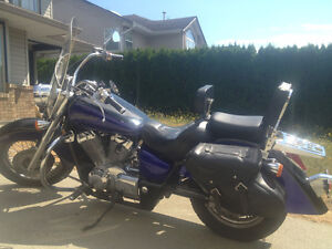 2004 HONDA SHADOW 750 WITH LOADS OF EXTRAS
