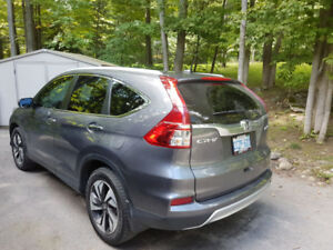 2016 Honda CRV Touring Model