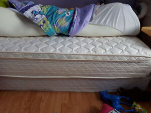 Twin bed, headboard, rails, mattress cover and sheets