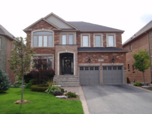 Oakville Detached - Listings Available from $999,900
