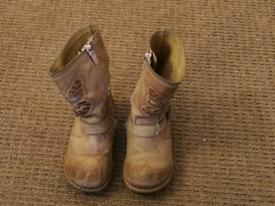 Next girls boots size 8