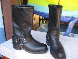 Black Leather Motorcycle Boots like NEW Size US 8
