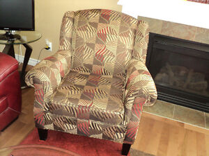 GORGEOUS MULTI COLORED LIKE NEW OCCASIONAL CHAIR Strathcona County Edmonton Area image 3