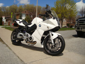 BMW F800 ST Special 3 stage pearl white
