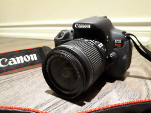 Canon EOS Rebel T4I + 32gb Sandisk SD card