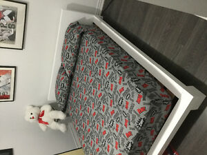 1 year old bed and mattress