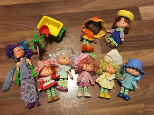 Strawberry shortcake and friends from the 80's Kitchener / Waterloo Kitchener Area image 1