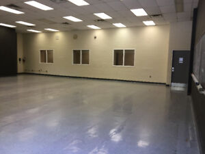 Large Commercial Space  $800