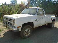 1987 chevrolet  Silverado 3500 1 ton 4x4 pick up truck