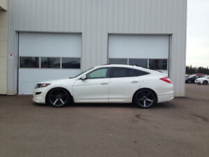 2010 Honda Accord Crosstour Exl Nav Awd loaded Hatchback