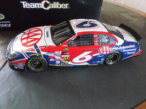 1/24  DIECAST MARK MARTIN 2006 FUSION, OWNER'S SERIES