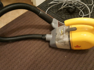 Moving sale: Bissell hand vacuum