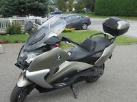 Moto BMW 2013 modèle C 650GT