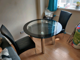 Glass table and 2x chairs
