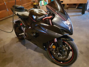 05 gsxr 1000 REDUCED FOR QUICK SALE