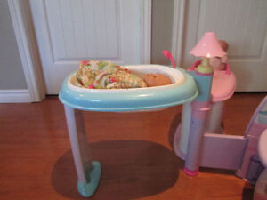 Fisher-Price Little Mommy All-in-One Nursery Play Center Stratford Kitchener Area image 4