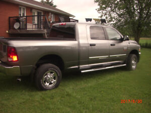 2010 Dodge Power Ram 2500 SLT Mega Cab with Hemi Pickup Truck