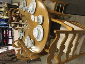 Solid birch table set