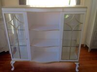 Beautiful old cabinet in white and gold with old style feet