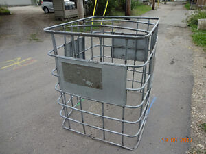 Animal pet enclosure