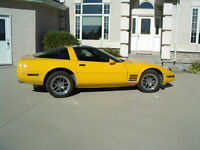 1992 Chevrolet Corvette yellow Coupe (2 door)