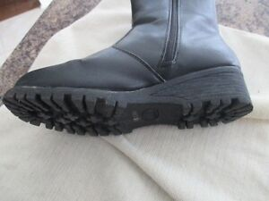 Winter Boots Size 9 Cambridge Kitchener Area image 2
