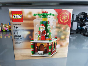 Lego Christmas Snowglobe 40223 limited edition BNIB