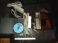Wii Noir avec 1 jeu !! Tres bonne condition !