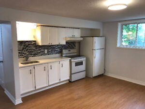 1250$ per month two bedroom in Newmarket