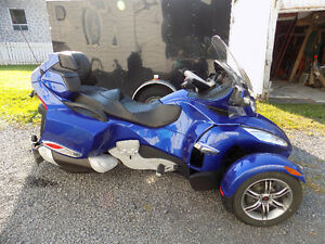 Can-am Spyder RT 2012