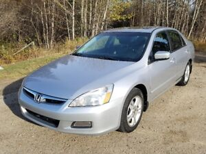 2006 Honda Accord  EX-L    116,845 km's