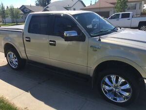 Reduced! 2006 F150 lariat 5.4L V8 loaded with extras! Kitchener / Waterloo Kitchener Area image 2