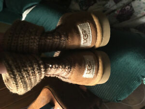 UGGs sz 9 youth (authentic)