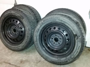 Toyota steel wheels with Michelin X-ice snow tires 185/65R15
