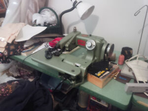 (INDUSTRIAL SEWING BLIND STICH) very litely,  used,  (BENZ)