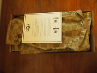 UGG Casual Shoes Blue NEW IN BOX!!!, Size 7.5B