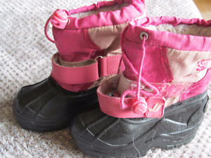 Little Girl's boots size 8